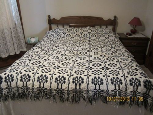 Antique Blue And Cream Wool Reversible Coverlet Bed