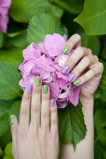 Smalto Gloss Effetto Gel N° 559 Glicine Profumata e N° 533 Verde Sportiva #Collistar