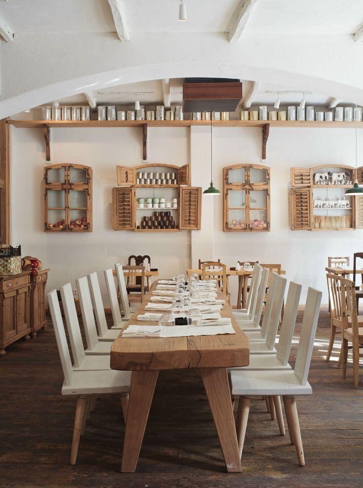 Restaurant Lacrimi Si Sfinti | Romania