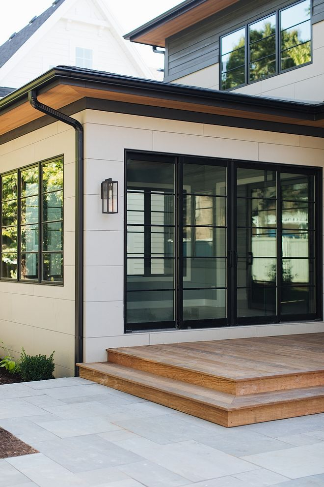 This Home Features A Modern Design With An Authentic Refreshing Approach The Moment You Set Yo Modern Windows Exterior Modern Farmhouse Exterior Cement House