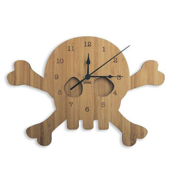 Reloj de pared madera de cráneo | Corte del laser vivero y decoración niños