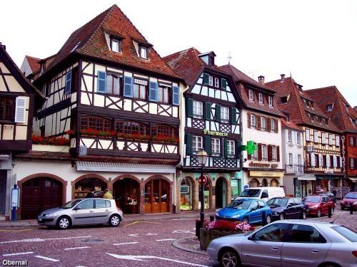 Obernai: Rue principale d'Obernai - France-Voyage.com #tourismeobernai
