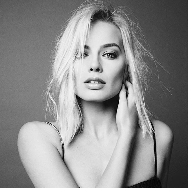 """""""'Everything happens for a reason' is something that we have to tell ourselves all the time, because it's good to have the idea that something good is around the corner."""" -Margot Robbie- If you love Margot Robbie you should follow @maggotrobbie for daily posts of this beautiful actress! What is your favorite Margot performance? We loved her in The Wolf of Wall Street!"""