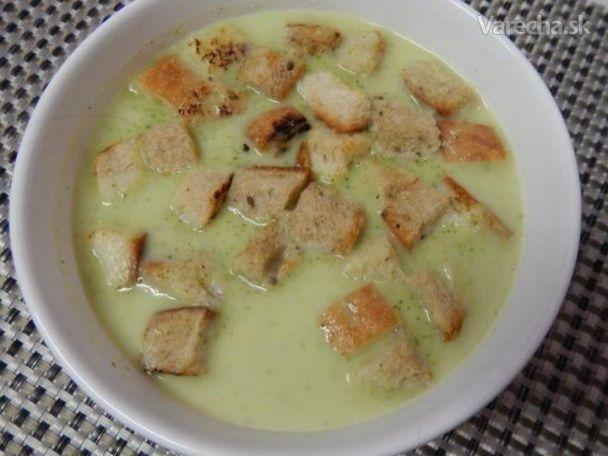 Rýchla, na prípravu nenáročná a chutná polievka.