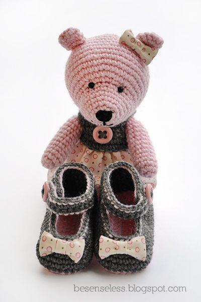 Airali handmade. Where is the Wonderland? Crochet, knit and amigurumi.: Regali di nascita