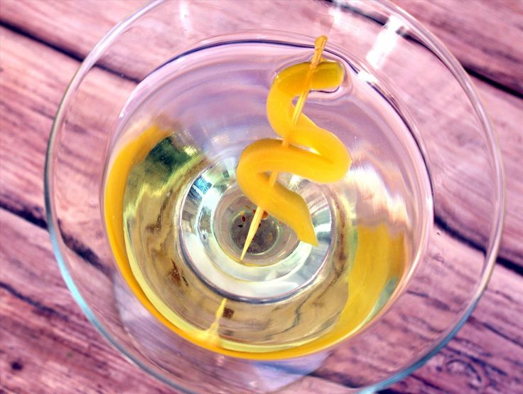 Save Your Pickle Juice for Pickletinis, Hangovers, & More « Food Hacks