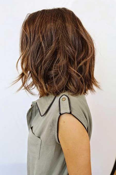 Wunderschöne Kurze Braune Haare Mit Highlights Braune Haare