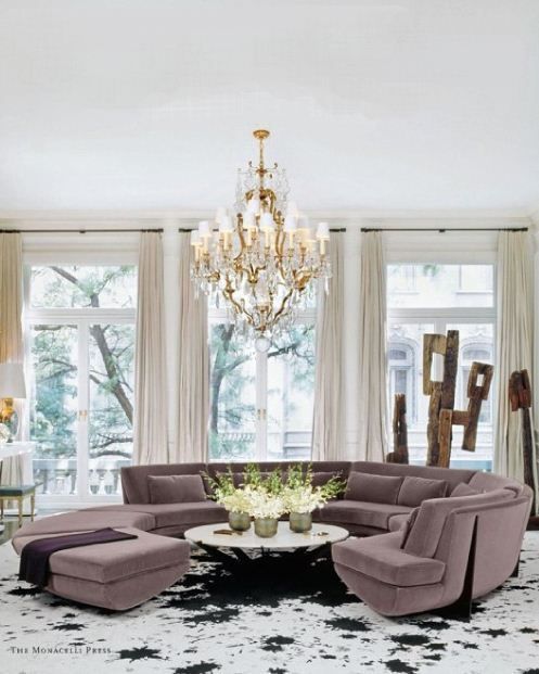 I LOVE this custom designed round sofa in Samantha Boardman's NYC home. Designs of William T. Georgis