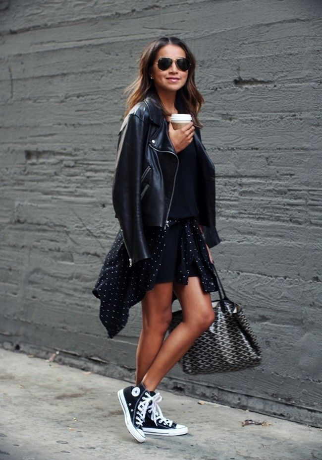 How to wear converse outfits street style high tops ideas Mode Converse, Style Converse, High Top Converse Outfits, Black High Top Converse, Black High Tops, Casual Outfits, Converse Sneakers, Converse High Tops How To Wear, All Black Converse Outfit