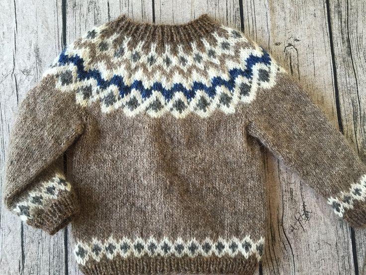 Sweater i islandsk uld - str. 2-3 år