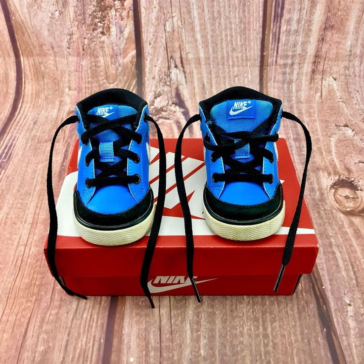 baby infant toddler Nike hi tops boots shoes trainers size 3.5 designer sports