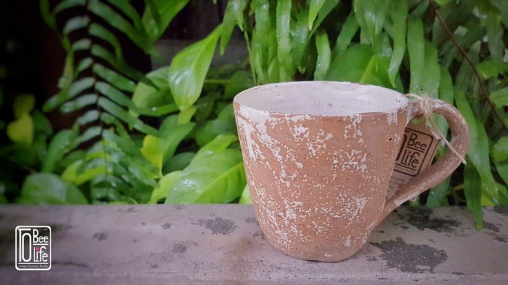 Coffee mug .  Warm of your by warm coffee rain forest mug.  By . Chittanun L.  ToBeeLife Unique Ceramic, Bangkok, Thailand.  FB/IG : tobeelife  #ceramic #ceramika #coffeecup #handicraft #керамика #глиняный #keramik #clay #craft #rzemiosło #filiżanka #garncarstwo #handmade #handbuilt #Tobeelife #Thailand #cup #filiżankadoherbaty #ручнойработы