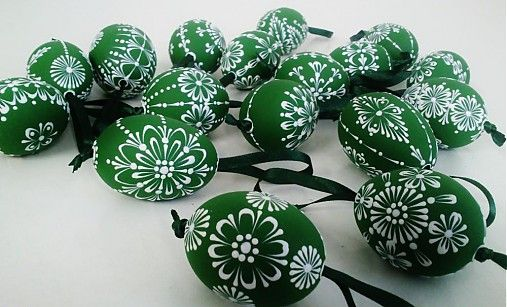 KRASLICE /slepačie maľované vajíčka/ - zelená tmavá