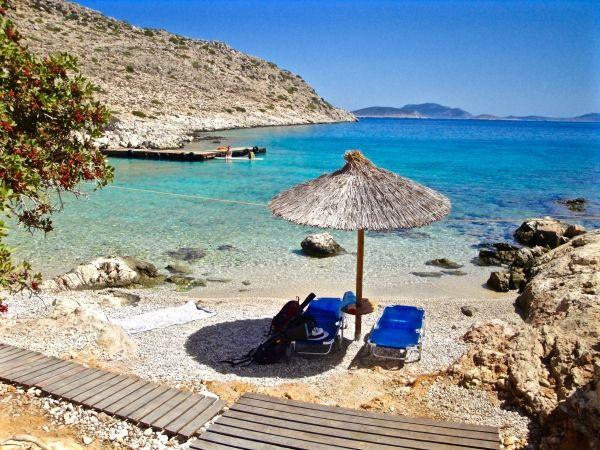 Relaxing Kania beach