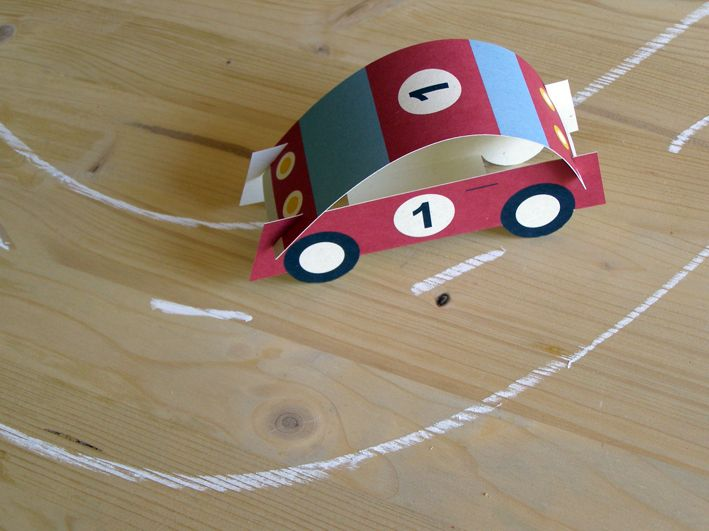 Vystřihovánka Automobil