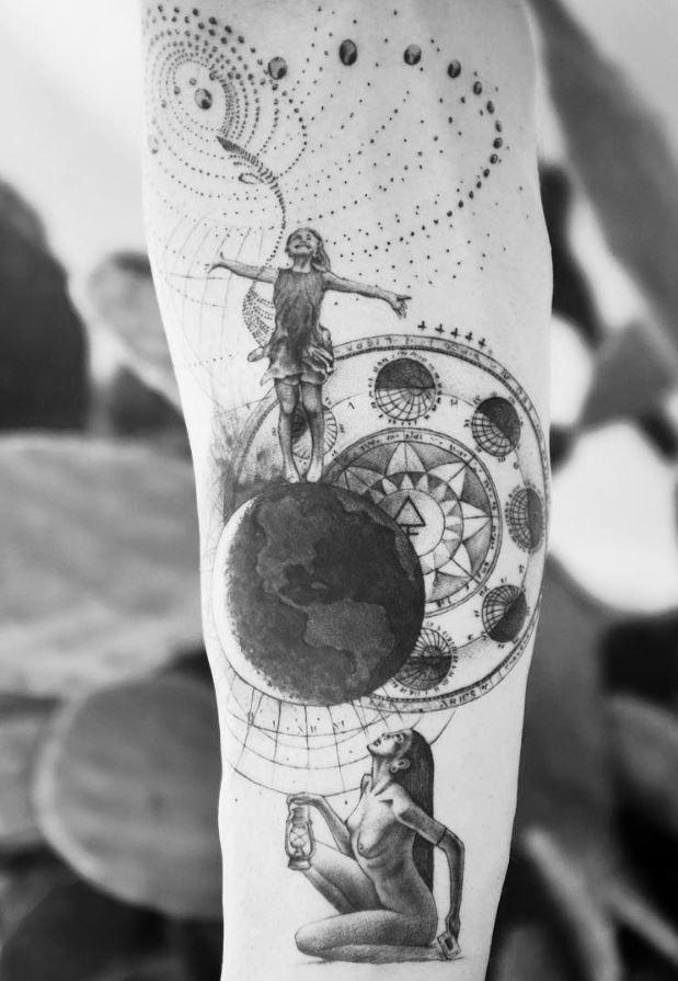 40 Stunning Black And Gray Tattoos Doozy List Line Tattoos Fine Line Tattoos Black And Grey Tattoos