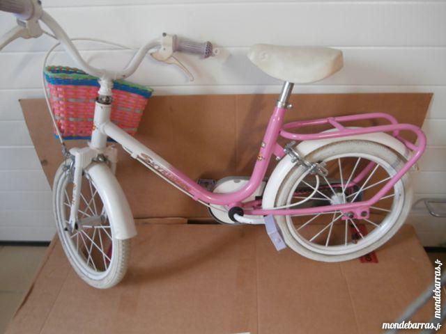 Taille vélo : Vélo enfant Type de vélo : Vélo de ville VELO ENFANT 5-6 ANS REF SKYJUMPER BON ETAT - 95