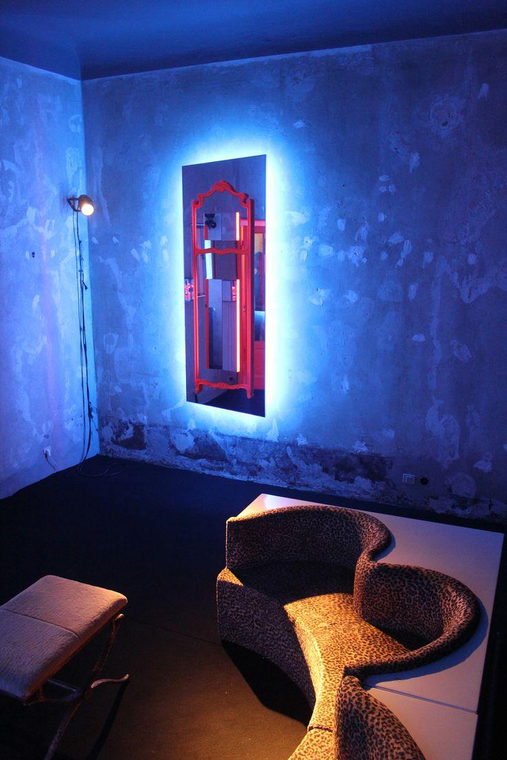 "Nanda Vigo, ""Tris 06 "" mirrors, 2016, Italy #erastudioapartmentgallery #erastudio #nandavigo #italiandesign #collectibledesign #madeinitaly #designgallery #interior #mirror #tris #design #gallery #italy #milan #igersmilano #glass #neonlights #exhibition #mood #ambience #details #uniquepiece #artdesign #blue #orange"