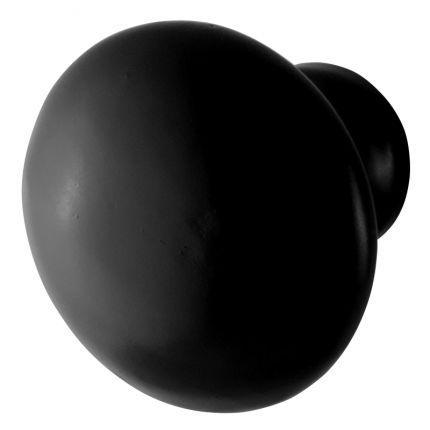 GPF6504 meubelknop. Deze smeedijzer zwarte meubelknop past niet alleen goed op kastlades, maar staat ook leuk op keukenkastjes!