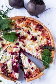Thermomix Beetroot, Fet and Spinach Tart. Great recipe for a light and healthy dinner.