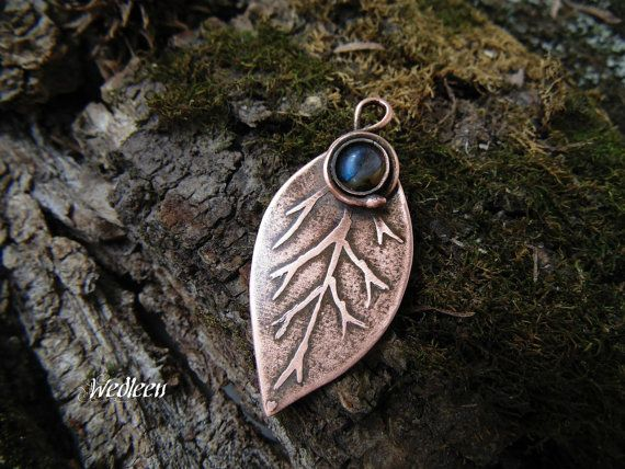 Copper leaf with labradorite. Elven pendant. by JewellerybyWedleen