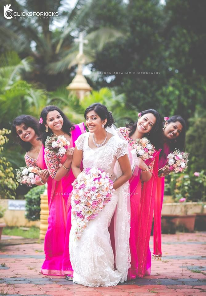 Wow! Look for a combination of colors! Gentle bride and bridesmaids bright! Photo by Clicks for Kicks, Kochi #weddingnet #wedding #india #indian #indianwedding #weddingdresses ##photoshoot #photoset #photographer #photography #inspiration #planner #organisation #details #sweet #cute #gorgeous #fabulous