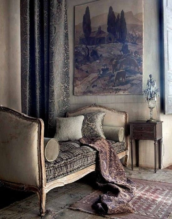 The case for embracing French provincial builds -- it doesn't seem so terribly fussy when dressed in an elegant and simple upholstery