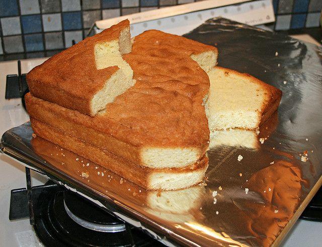 Cake shape for Tracy Island
