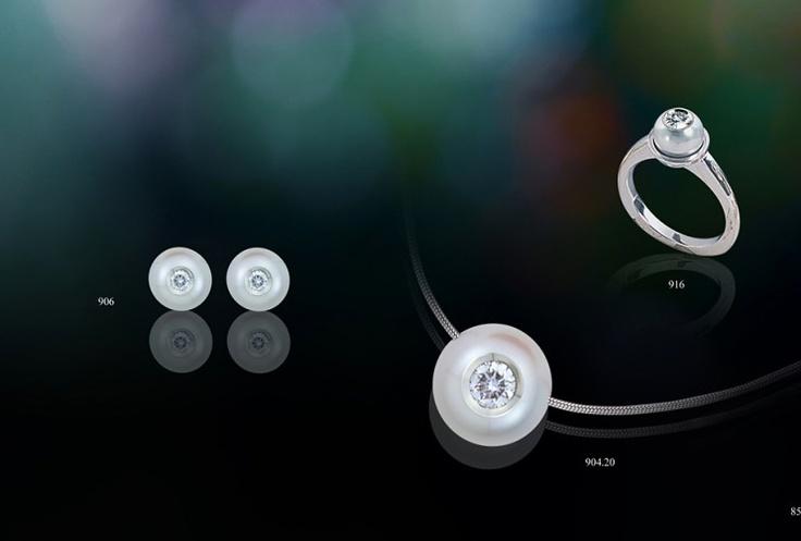Diamond in a pearl...: Galatea Diamonds, Becker Jewels, Carvings Pearls, Freshwater Diamonds, Diamonds Pearls, Galatea Jewelry, Pearls Jewelry, Include Diamonds, Galatea Classic