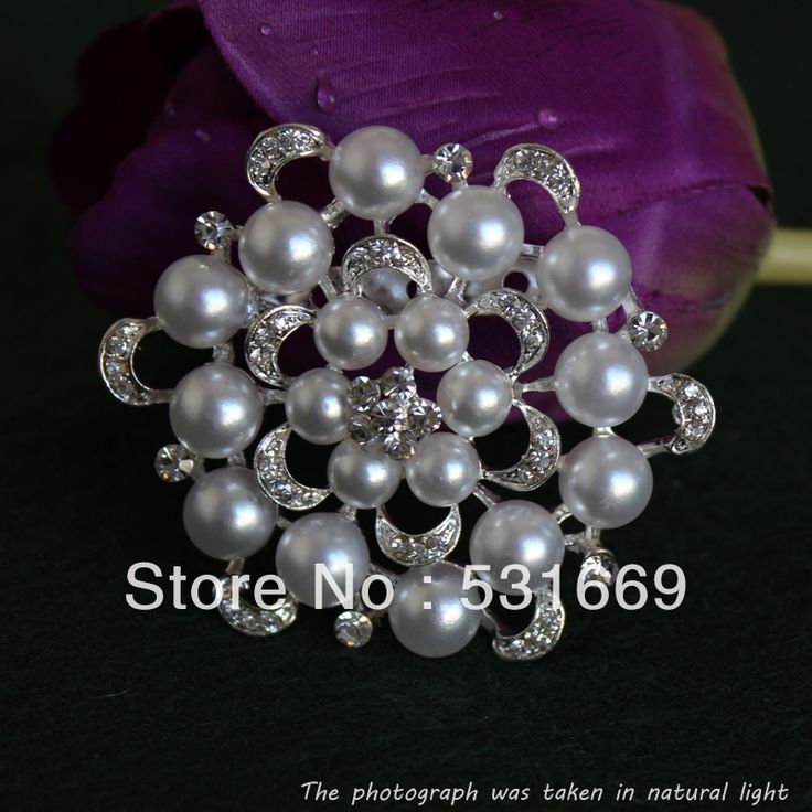 Find More Brooches Information about free shipping fashion plated beautiful crystal and pearl brooch for wedding invitation and Party B261,High Quality Brooches from Gem-Mart Store on Aliexpress.com
