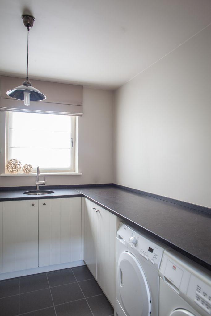 17 beste idee n over wasruimte kasten op pinterest wasruimtes wasruimte design en wasplaats - Moderne wasruimte ...