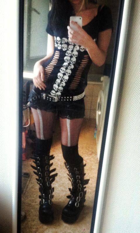 Galily ! Gyarunity gal-cir ! My outfit :)