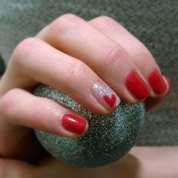 Red gel manicure with accent nail. Love, Love, Love! Royal ruby & silver glitter by #sensationail #gelfanatic