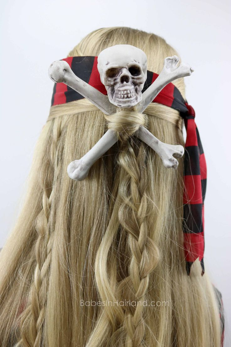Skull & Crossbones Pirate Hairstyle from BabesInHairland.com #halloween #pirate #hair #skullandcrossbones