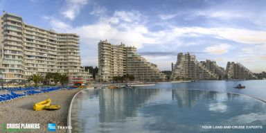 The Crystal Lagoon at San Alfonso del Mar resort in Chile is the world's largest outdoor pool filled with 66 million gallons of seawater! #Chile