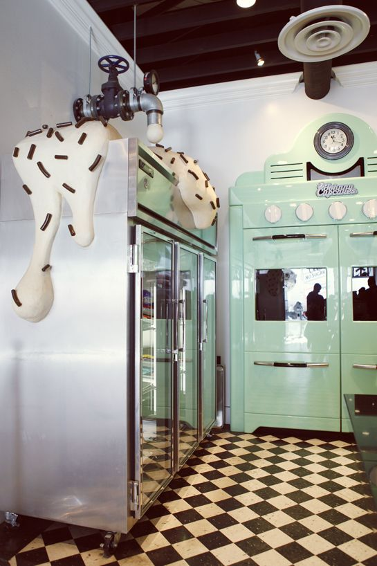 Johnny Cupcakes Store (Melrose Ave.)