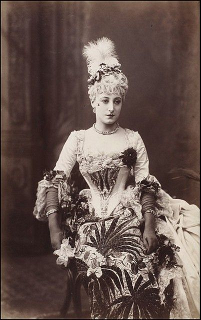 Kate Vaughan as Lady Teazle in School for Scandal at the Vaudeville Theatre, London 1886 by W Downey Photographers