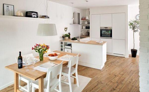 Kuchnia w stylu skandynawskim jest idealna, jeśli lubimy minimalizm i mamy mało przestrzeni do zagospodarowania. Oto 10 najlepiej urządzonych kuchennych wnętrz, w których króluje Skandynawia