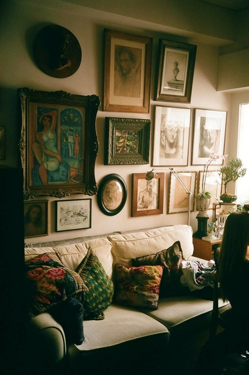 Hipster room tumblr home hipster interior trends for Living room ideas hipster
