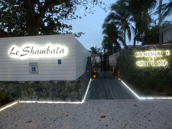 Le Shambala at night.
