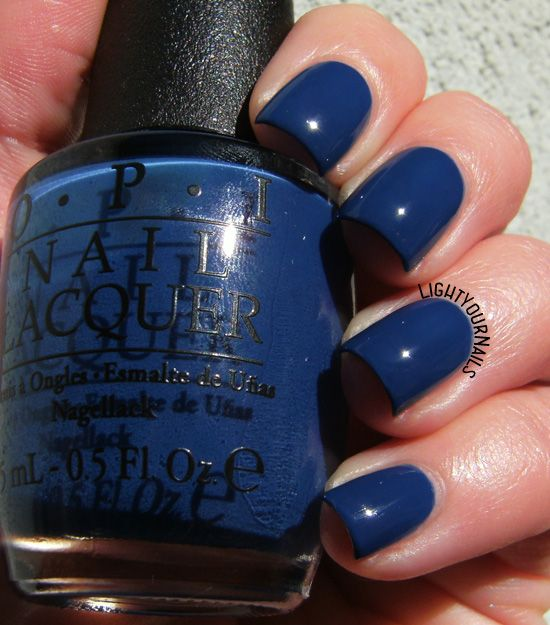OPI Dating a Royal #lightyournails