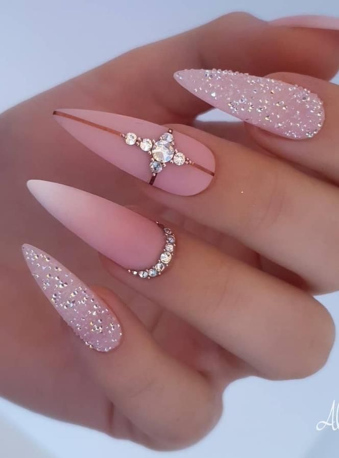 68 Beautiful Stiletto Nails Art Designs And Acrylic Nails Ideas 2020 Lily Fashion Style In 2020 Summer Stiletto Nails Cute Nail Designs Nail Designs