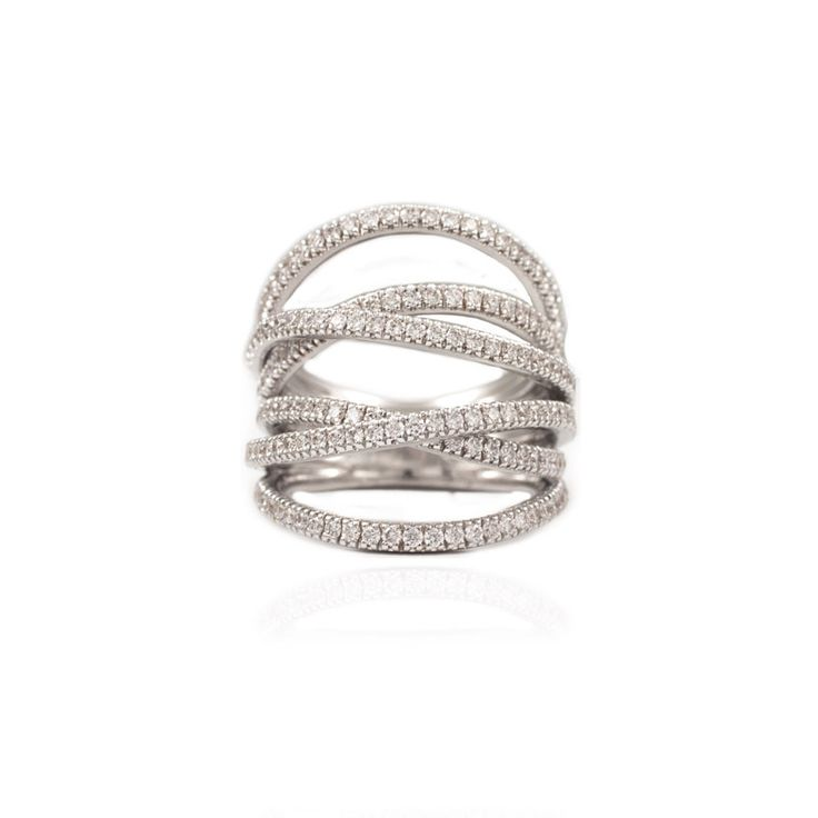 A must-have diamond ring for any fashionista!