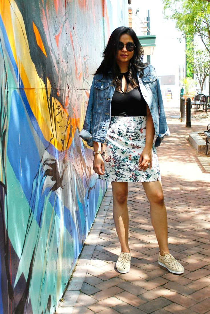 HOW TO WEAR A BODYSUIT, denim jacket outfit, A line skirt outfit
