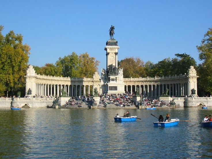 This is one of the sights in Parque Del Retiro. The pond is teeming with fish that love people snacks. Great fun for ,80 Euros.