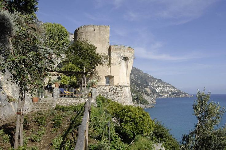 Il Faro Campania & the Amalfi Coast Sleeps up to 3. In a prime position for panoramic views of Capri and the legendary Amalfi coastline, this wonderful watch tower is now a luxury villa in Positano. It would make a matchless honeymoon hideaway.