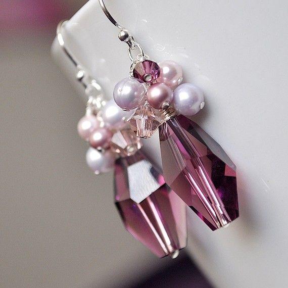 Orecchini di cristallo Viola damigella di somethingjeweled su Etsy