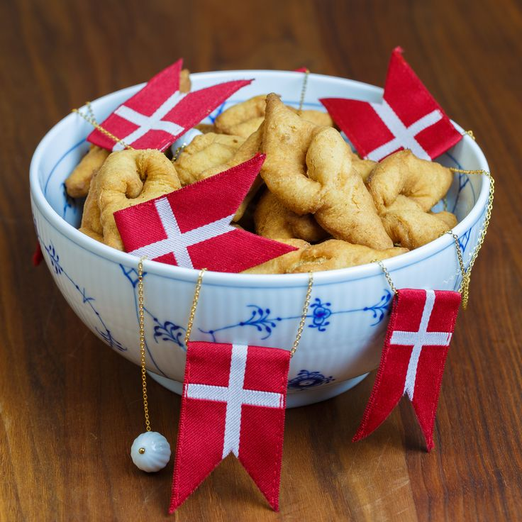 Klejner - Danish Fried Christmas Cookies. Recipe in English from the Sweet Sour Savory blog.
