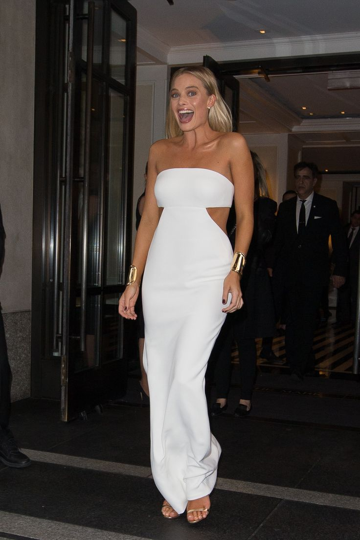 NEW YORK, NY - MAY 02:  Margot Robbie is seen goint to Met Gala on May 2, 2016 in New York City.  (Photo by Team GT/GC Images) via @AOL_Lifestyle Read more: http://www.aol.com/article/entertainment/2017/01/17/margot-robbie-looks-nearly-unrecognizable-as-tonya-harding-on-i/21656739/?a_dgi=aolshare_pinterest#fullscreen