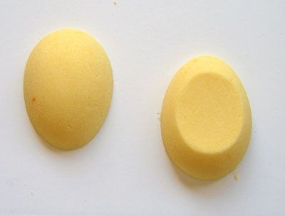 How to Make Panoramic Sugar Easter Eggs: A Step-by-Step Photo Guide: Turn the Sugar Out of the Molds